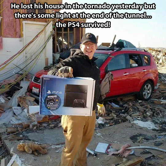 funny-tornado-PS4-survived-house1.jpg