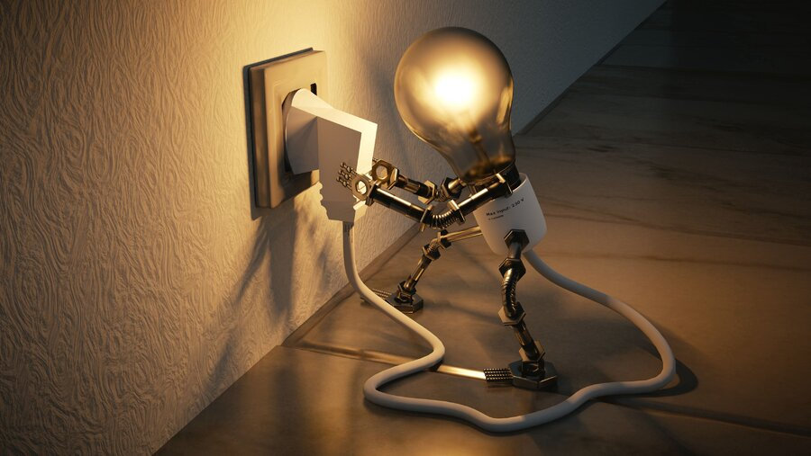 lamp_outlet_idea_electricity_120422_3840x2160.jpg